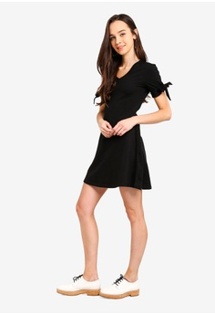 87f61c0fb68b Something Borrowed Sleeves Tie Jersey Dress S  34.90. Sizes XS S M L XL