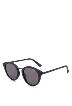 682121d9e121 Quay Australia black Gotta Run - Matte Black/Smoke Sunglasses  E932DGL6FBE7C2GS_1