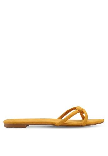 ZALORA 黃色 麂皮編織繞帶涼鞋 09DB4SH1F4B642GS_1