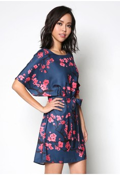 Printed Wide Sleeves Dress. Get your Printed Wide Sleeves Dress at Zalora Now!! Shop from...