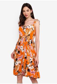 f5fea4f249d3 Dorothy Perkins orange Petite Orange Floral Print Crinkle Skater Dress  B87E8AA271F323GS_1