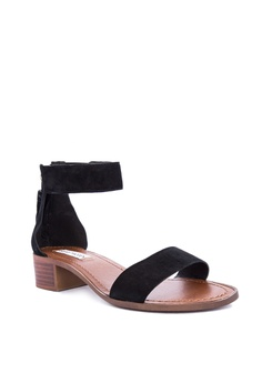 20% OFF Steve Madden DARCIE leather upper Php 5,650.00 NOW Php 4,520.00  Sizes 5 6 7 8