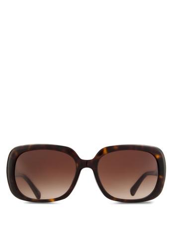 Coach Poppy 紋理長方框太陽眼鏡, 飾品zalora時尚購物網的koumi koumi配件, 飾品配件