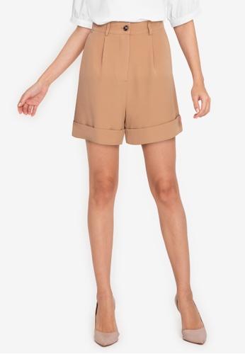 ZALORA WORK brown Turn Up Cuffs Shorts DAC69AAF18C38DGS_1