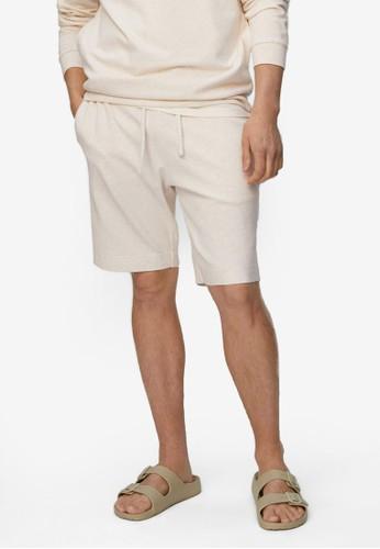 MANGO Man beige Drawstring Jogger Shorts 1A764AAC322A7BGS_1
