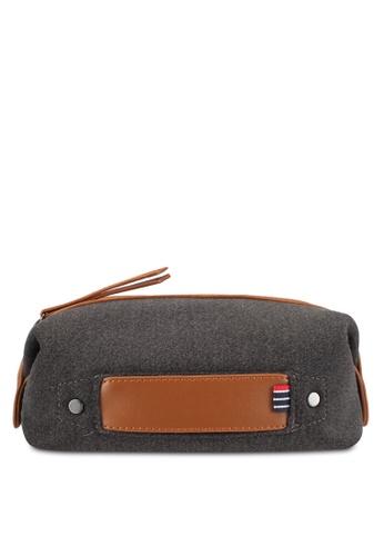 ZALORA grey and brown Felt Wash Bag 24B3CACF19F8B2GS_1