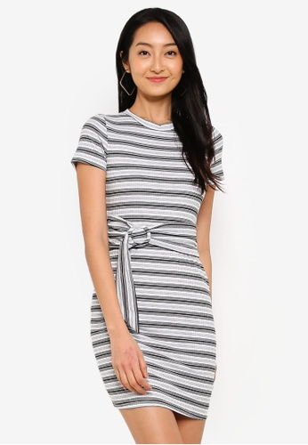 Bodycon dress what does it mean time post shoulder