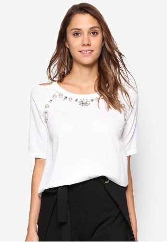 閃飾挖肩短袖T-shirt、 服飾、 上衣bYSI閃飾挖肩短袖上衣最新折價