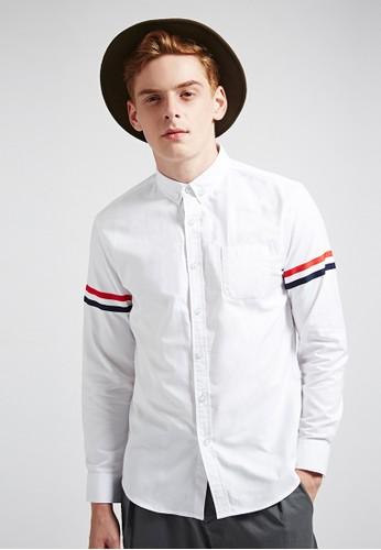 率性街頭。袖片織帶裝飾。長袖襯衫-03621-白色、 服飾、 素色襯衫Life8率性街頭。袖片織帶裝飾。長袖襯衫-03621-白色最新折價