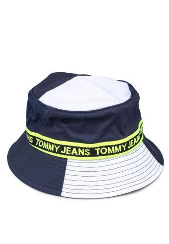 Tommy Hilfiger multi Logo Tape Bucket Hat 90F20AC0208E3DGS_1