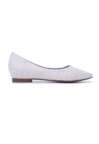 Flatss & Heelss by Rad Russel white Crosshatch Pointy Flats - White E3ACESH57BB55DGS_1
