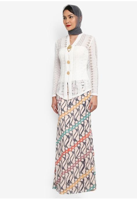 Maxi dress putih terbaru