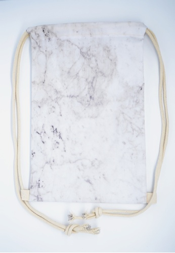 The Twinees White Marble Drawstring Bag TH572AC33UOGSG_1