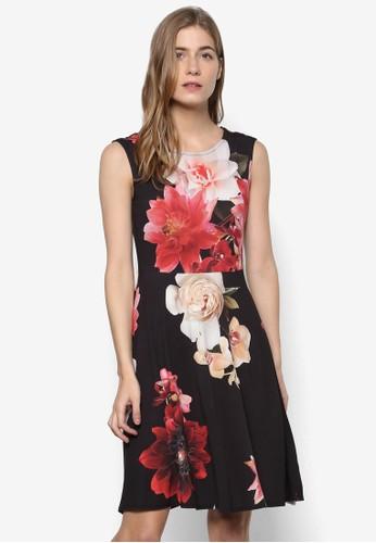 esprit holdingsPetite 花朵無袖修身喇叭連身裙, 服飾, 洋裝