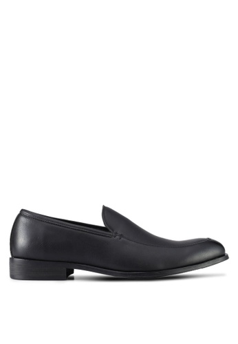 ZALORA black Faux Leather Slip On Dress Shoes D3A7ASH69BE060GS_1