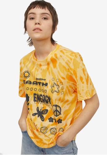 H&M yellow and multi Printed T-Shirt CB644AA4753ADAGS_1