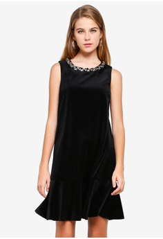 5e19575708d BYSI black Velvet Pep Hem Shift Dress 1DEEAAA703D529GS 1