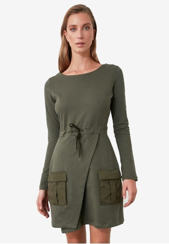 Trendyol green Pocket Detail Tie Waist Dress 21639AA58F2B2AGS_1
