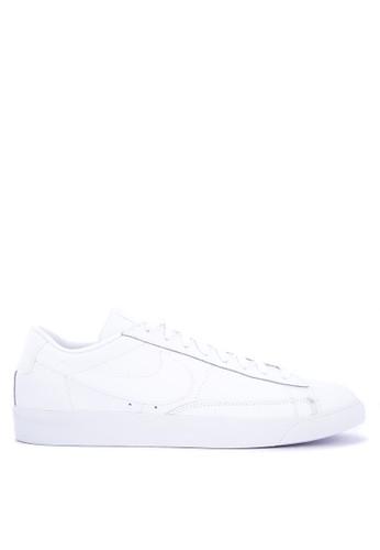 Nike white Nike Blazer Low LE Basketball Shoes 886A2SH23E28B7GS_1