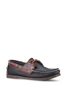 【ZALORA】 經典雙眼仿皮船型鞋