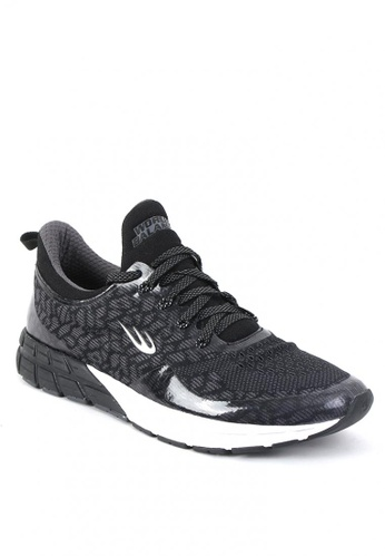 World Balance black Circuit Trainer Men's Cross Training Shoes 7440DSHEC88AB1GS_1