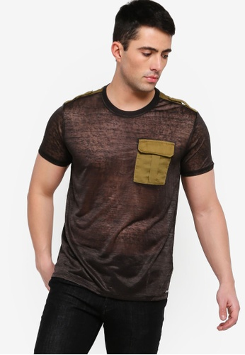 eacdcd2d Buy Guess Wynn Color Block Graphic Pocket Tee Online on ZALORA Singapore