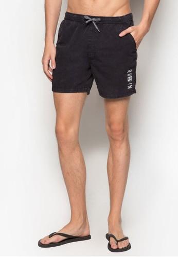 Cabo 衝浪短褲、 服飾、 服飾FactorieCabo衝浪短褲最新折價