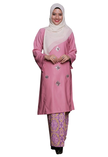 Percikan Cahaya 05 from Hijrah Couture in Pink