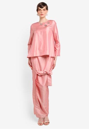Zaimi Zulkafli for ZALORA pink Kuntum Luxe Kurung ZA761AA0STJ1MY_1