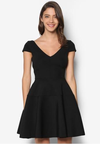 不對稱暗紋V 領洋裝, 服飾, 服esprit 高雄飾