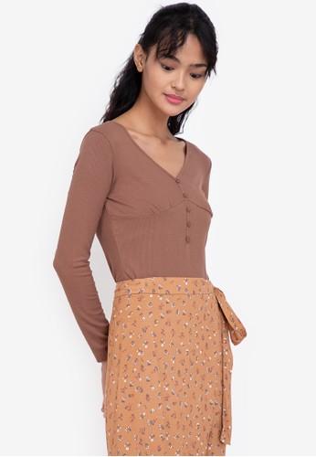 ZALORA BASICS brown Long Sleeve Deep V Bodysuit E7343AACE2ACEAGS_1