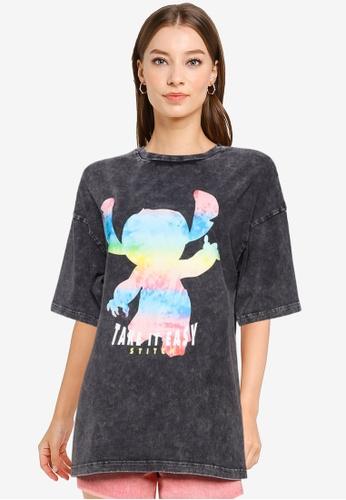 URBAN REVIVO black Casual T-Shirt A205BAAB2C47F7GS_1