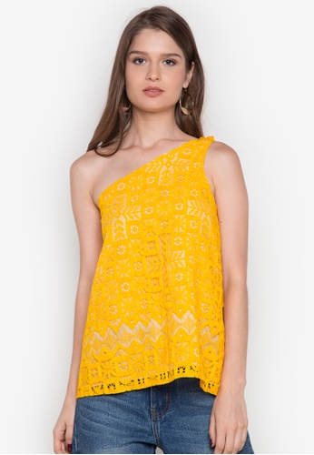 Chelsea yellow Jaione One-Shoulder Lace Top CH004AA0JSZ5PH_1
