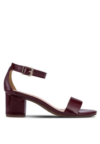 prettyFIT red Mid Heel Patent Sandals D2128SH0DAC254GS_1