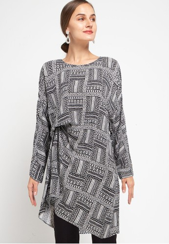 Covering Story black Tily Top - A 9B9E4AA894F726GS_1