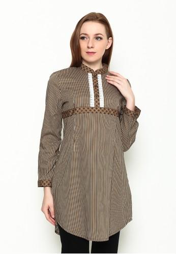 A & D brown A&D MS 763 Bl;ouse batik 34 Sleeve - Brown AD532AA54IYJID_1