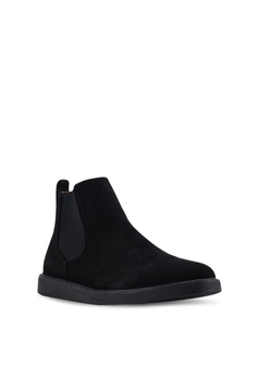 buy popular b021c 7b007 Topman Black Chant Chelsea Boots RM 279.00. Available in several sizes