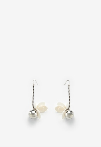 MONDAY EDITION silver Shell Flower With Drop Earrings AB2CAAC1DB4553GS_1