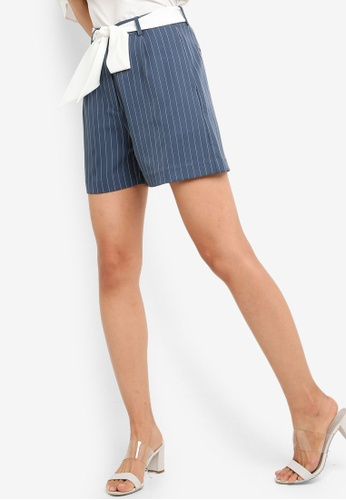ZALORA green and multi Casual Relax Shorts EB675AABBCFE8FGS_1