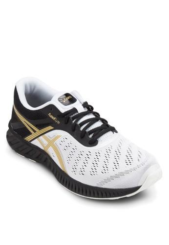 Fuzzalora退貨ex Lyte 運動鞋, 鞋, 運動