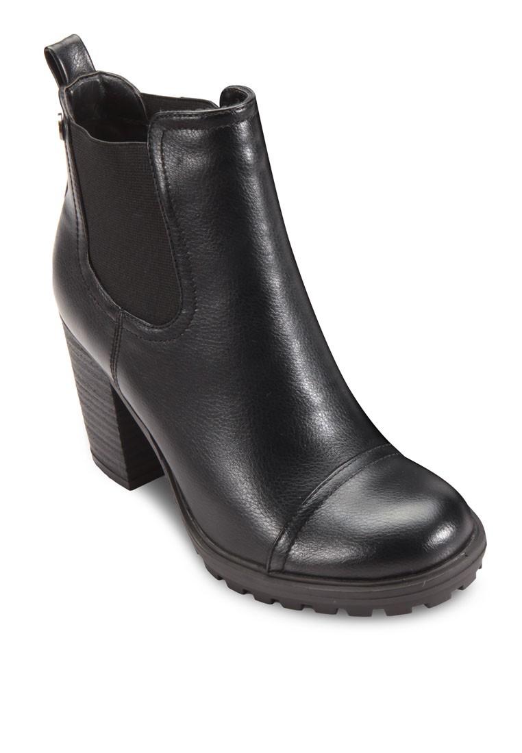 Chelsea Heel Boots