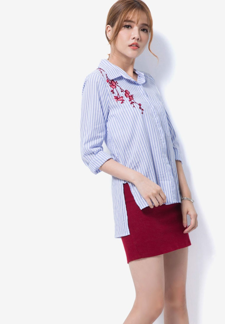 Button-Down Top With Floral Embroidery
