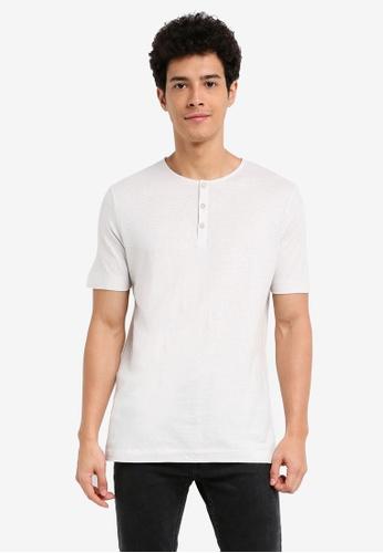 MANGO Man white Slub-Cotton Henley T-Shirt E4CC5AA8B8AC3BGS_1