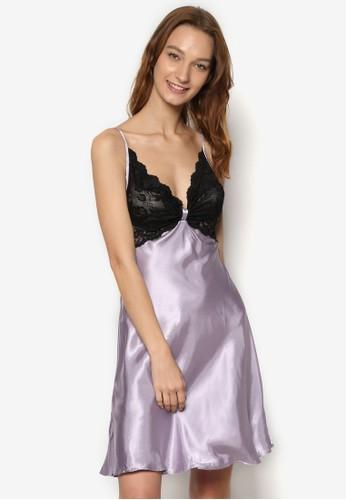 撞esprit香港門市色蕾絲綢緞細肩帶睡裙, 服飾, 睡衣, 睡裙和連身內衣