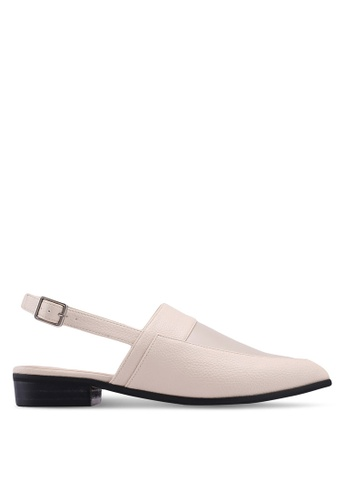 ZALORA 米褐色 後繞帶平底鞋 C6176SH1A5AC3CGS_1
