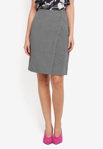 ZALORA black Houndstooth Stripe Skirt B3125AAF2BF184GS_1