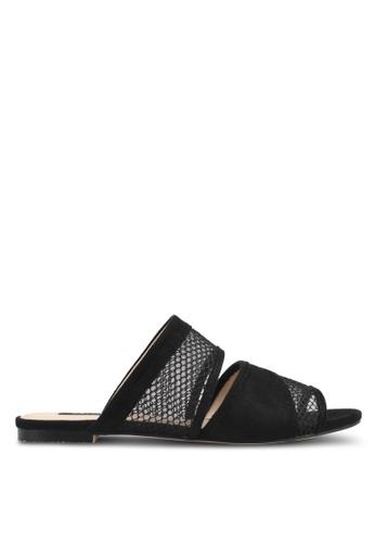 ZALORA 黑色 拼接鏤空平底鞋 6AAFASH9E43262GS_1