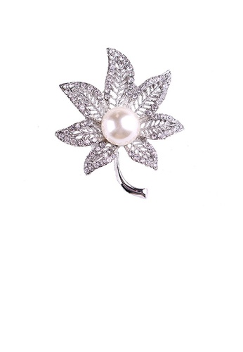 Glamorousky white Fashion and Elegant Hollow Maple Leaf Imitation Pearl Brooch with Cubic Zirconia 992D8AC3CCA71BGS_1