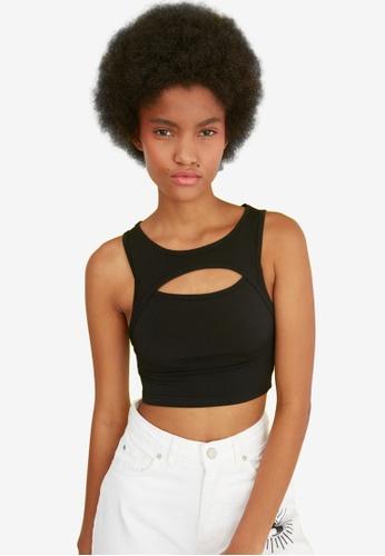 Trendyol black Cropped Cut Out Knit Top AFDA5AA0958DEEGS_1