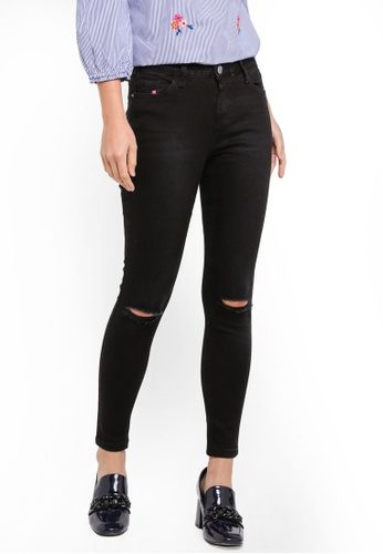 Dorothy Perkins black R: Black Ripped Darcy Ankle Grazer Jeans 804EAAA71E73B4GS_1